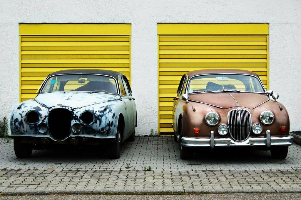 שני רכבים